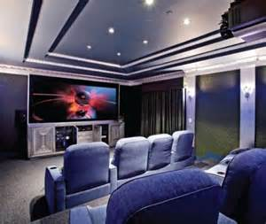 small-home-theater-room-design-1